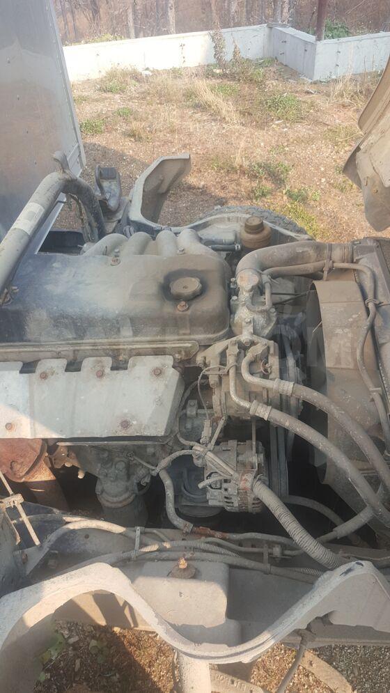 Двигатель 4D33