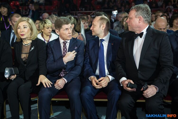 Ирина Герасимова (супруга губернатора), Олег Кожемяко, Александр Галушка, Сергей Жигунов