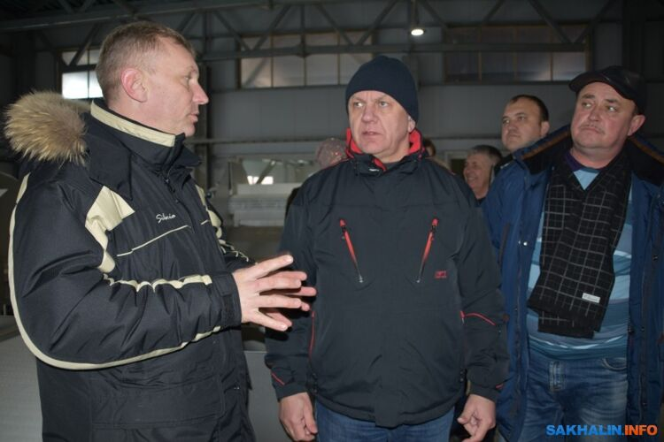 Вячеслав Власенко (в центре)