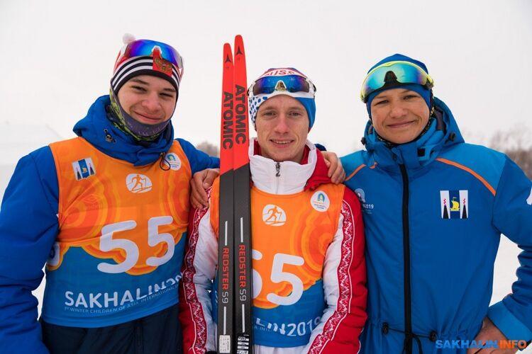 Степан Хомик (справа)
