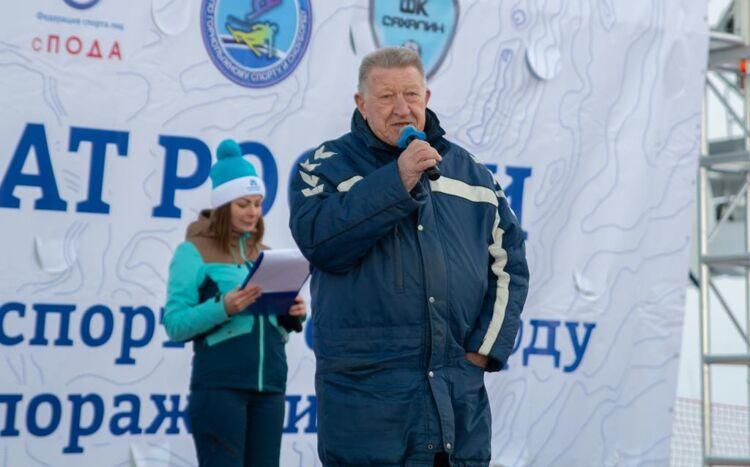 Лев Селезнев