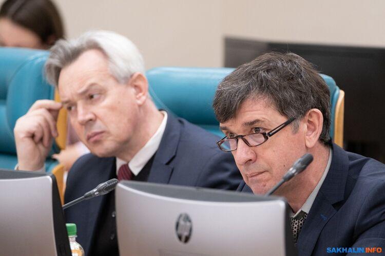 Александр Гришко (справа)