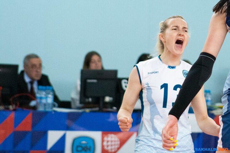 "Волейболистки ""Сахалина"" завтра поборются за лидерство в Суперлиге"