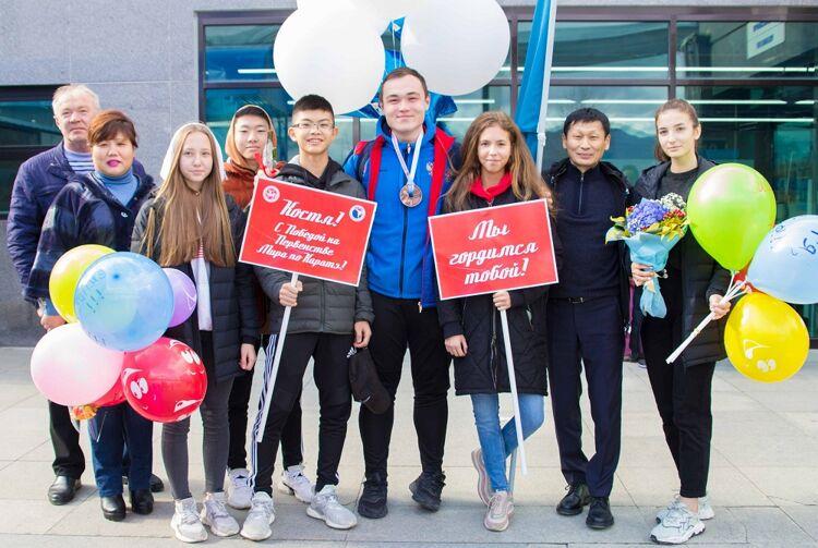 Каратист Константин Коковуров привёз сегодня на Сахалин бронзовую медаль первенства мира