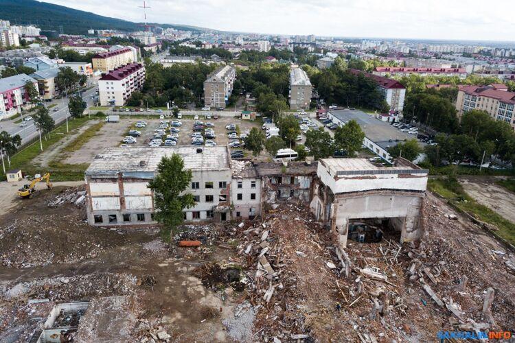 Фото Кирилла Ясько (ИА Sakh.com). Домофицеров вовремя сноса