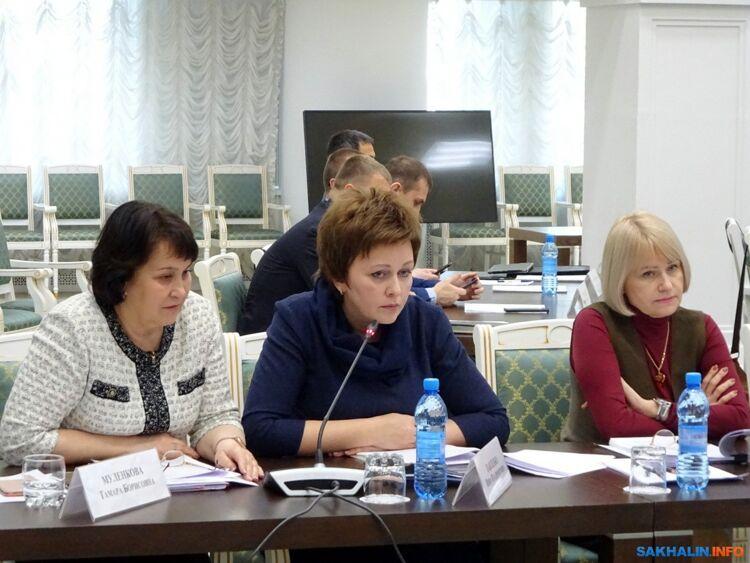 Инна Павленко (в центре)