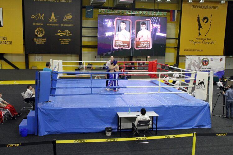 Чемпионат и первенство области по кикбоксингу стартовали в Южно-Сахалинске