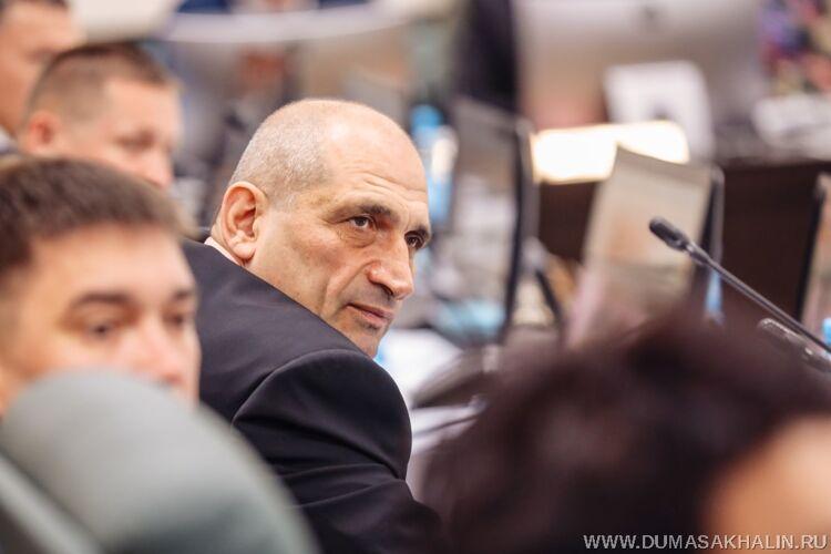 Саркис Акопян, фото облдумы