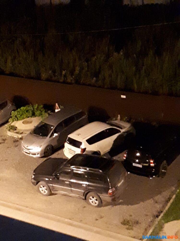 Фото хозяйки белой машины