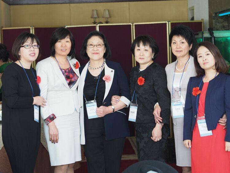 Участницы международной конференции женщин-кореянок вЮжно-Сахалинске, 2017 год