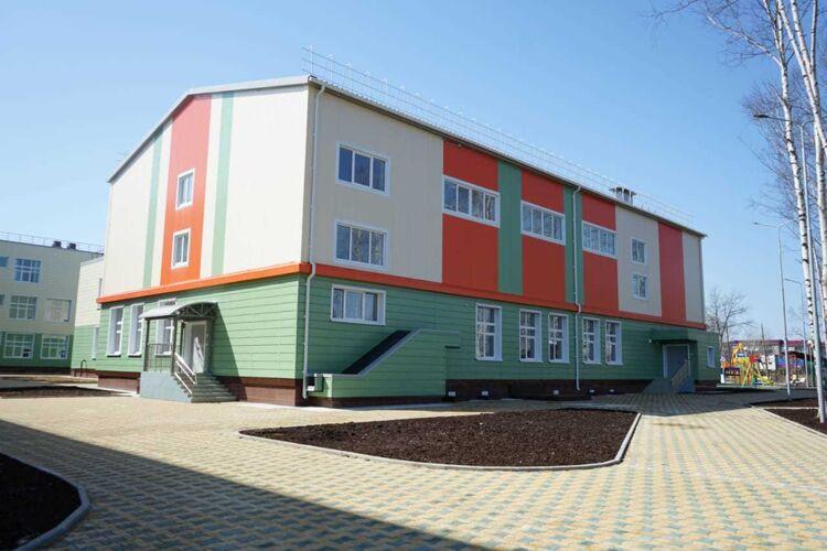 Школа в Смирных
