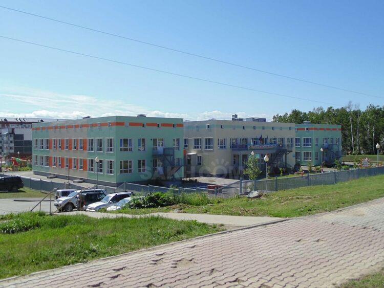 Фото с maps.sakh.com