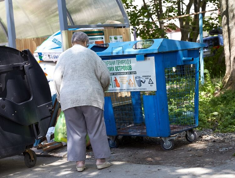 В Южно-Сахалинске установили уже 180 контейнеров для раздельного сбора мусора. А в столице ДФО сколько?