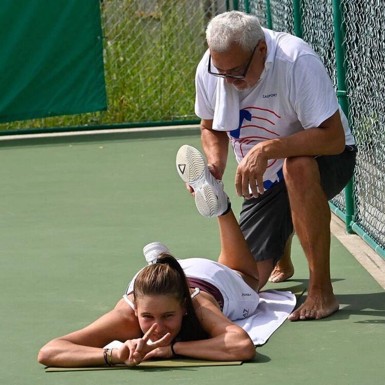 Тренировка теннисистов на Сахалине. Фото Роберта Максимова