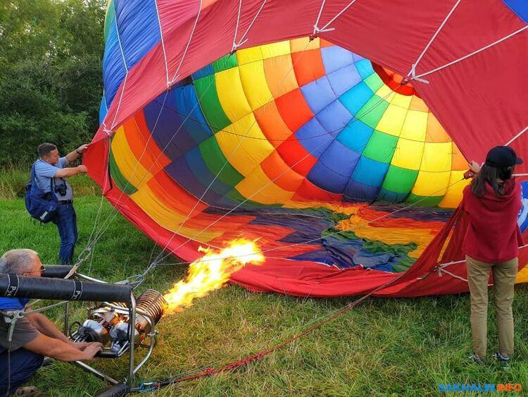 Сахалинцев на воздушном шаре унесло в сопки из-за ошибки в прогнозе