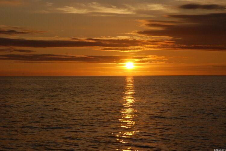 Вечернее море. Татарский пролив