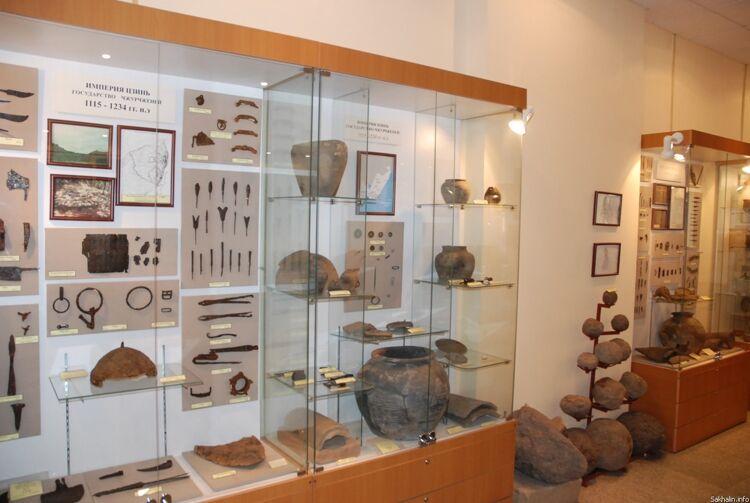 Экспозиция, посвященная империи Цзинь (государство чжурчжэней) в музее ар-хеологии и этнографии ДВГУ (г. Владивосток)