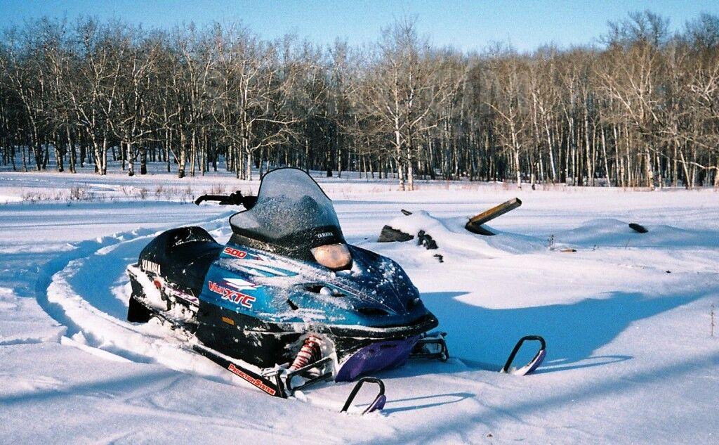 Продажа снегоходов на сахком