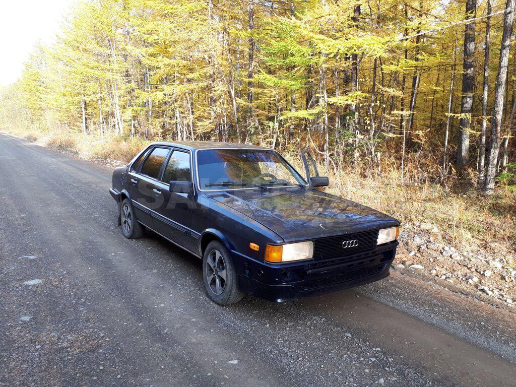 Audi A8, 1983