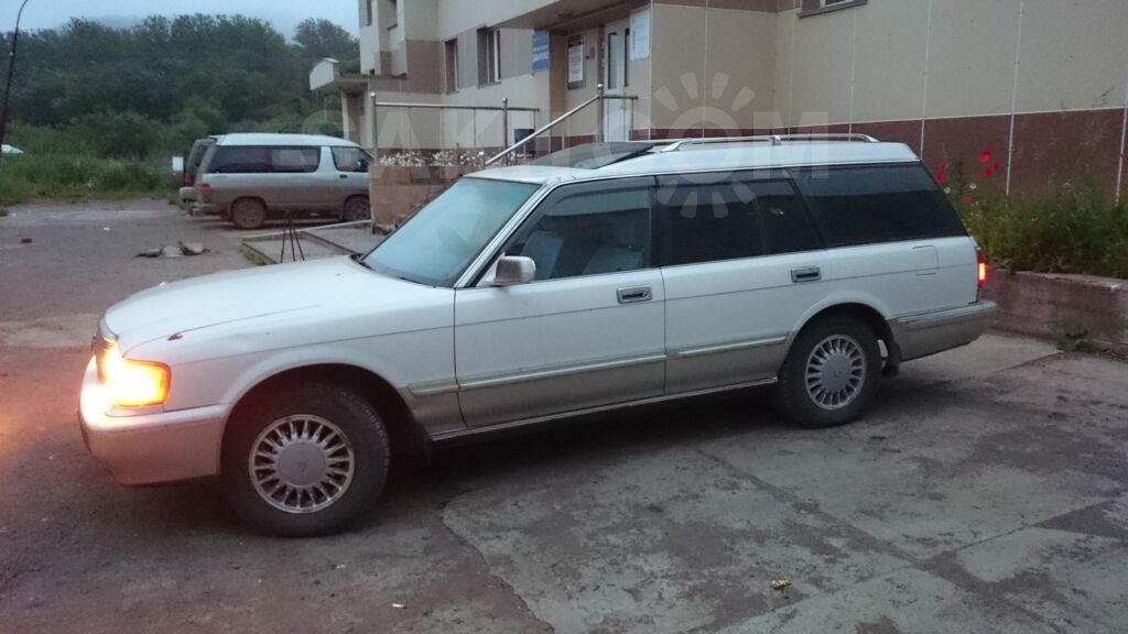 Toyota Crown Wagon, 1996