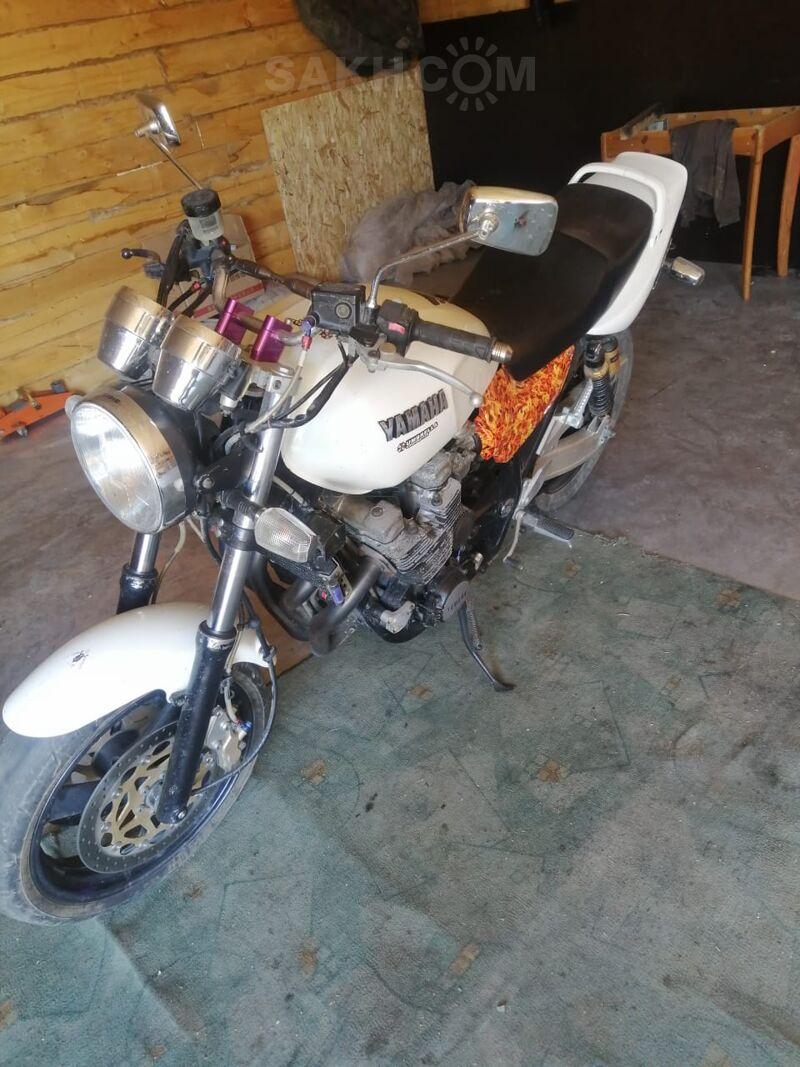 Yamaha XJR1200, 1998