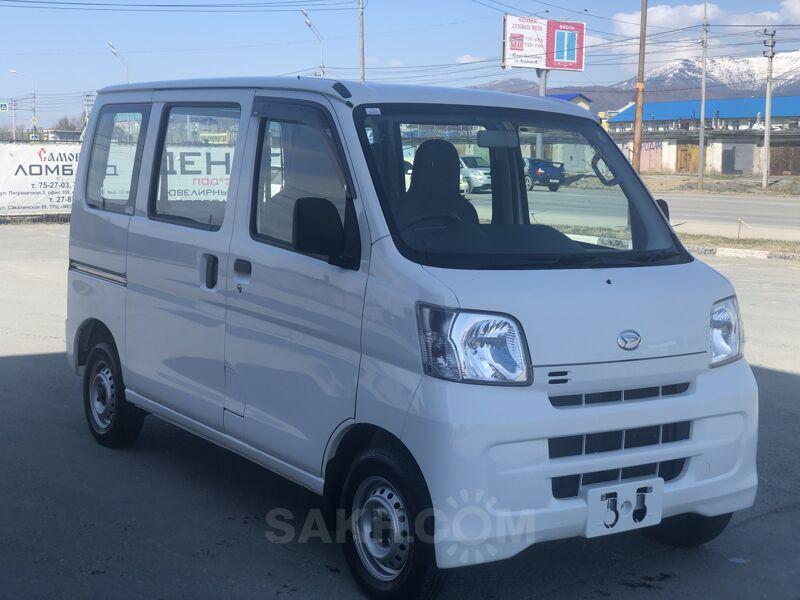 Daihatsu Hijet, 2016