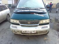 Nissan Largo, 1995