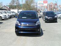 Toyota Isis, 2009