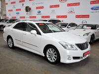 Toyota Crown, 2009