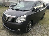 Toyota Noah, 2012