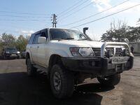 Nissan Safari, 2000