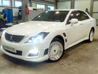 Toyota Crown, 2010