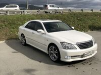 Toyota Crown, 2005