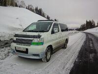 Nissan Elgrand, 2001