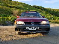 Nissan Avenir, 1994