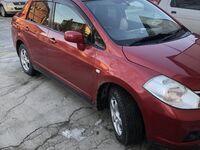 Nissan Tiida Latio, 2004