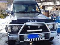 Nissan Safari, 1994