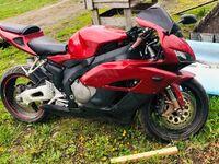 Honda CB1000, 2005