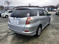 Honda Fit Shuttle, 2014
