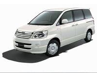 Toyota Noah, 2005