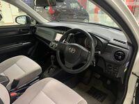 Toyota Corolla Axio, 2016