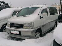 Nissan Elgrand, 1997