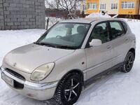 Toyota Duet, 2001