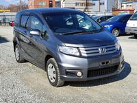 Honda Freed Spike, 2012