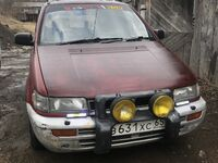 Mitsubishi Chariot, 1993