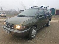 Nissan Prairie, 1993
