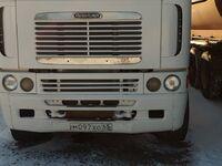 Freigtliner Argosy, 2000