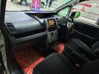 Toyota Corolla Rumion, 2014
