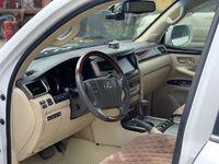 Lexus LX570, 2013