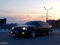Toyota Crown, 1999